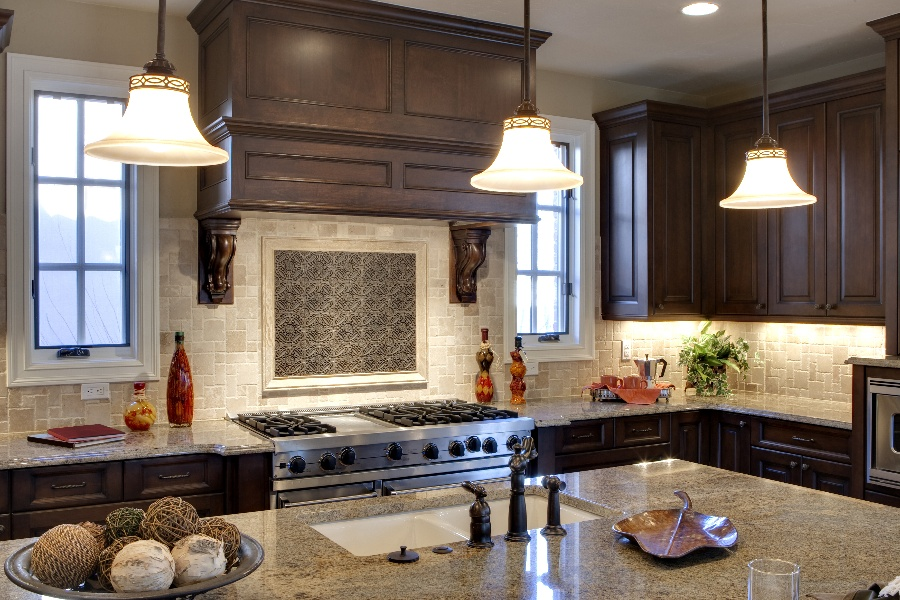 Choosing the Right Under-Cabinet Lighting for Your Kitchen