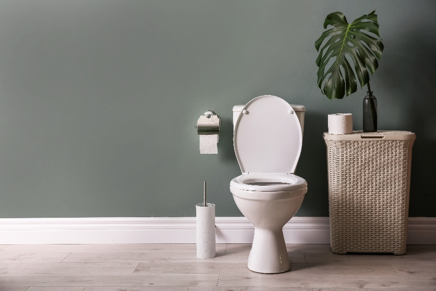 Can the Kitchen and Toilet have a Common Wall?