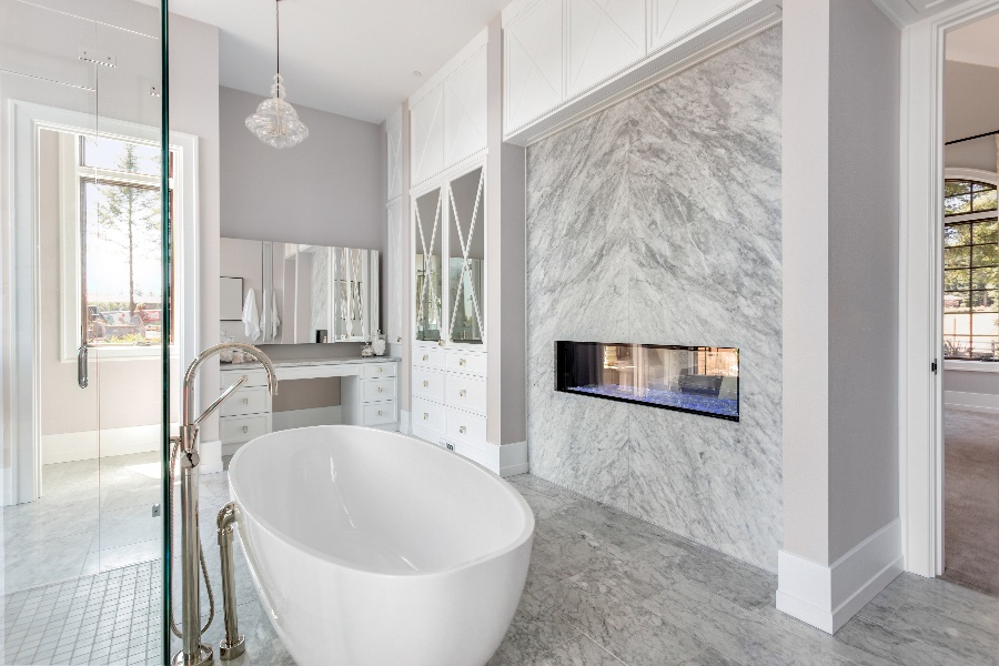 5 Luxurious Things You Should Be Able to Do from the Bath