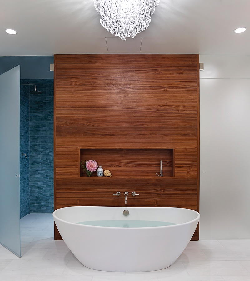 Elise tub