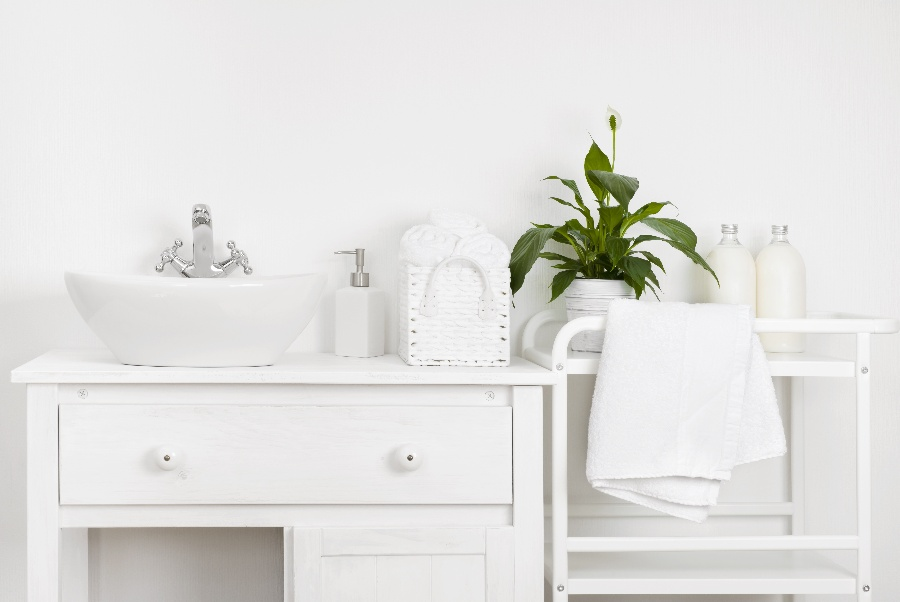 4 Compact Sink Ideas for a Small Bathroom